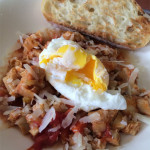 Trippa alla pomodori (tripe with tomatoes) with poached egg