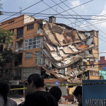 A Mexico City building destroyed by a recent earthquake.  Photo: AntoFran